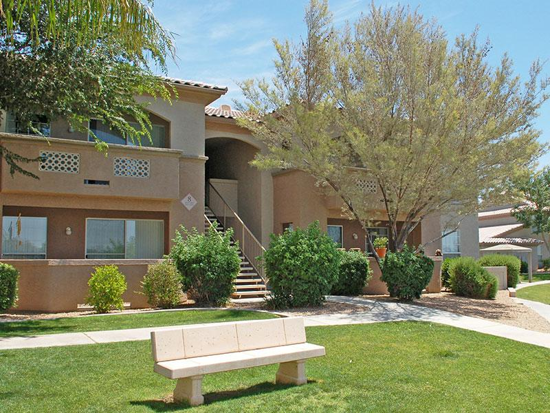 Ocotillo Bay Apts in Chandler, AZ