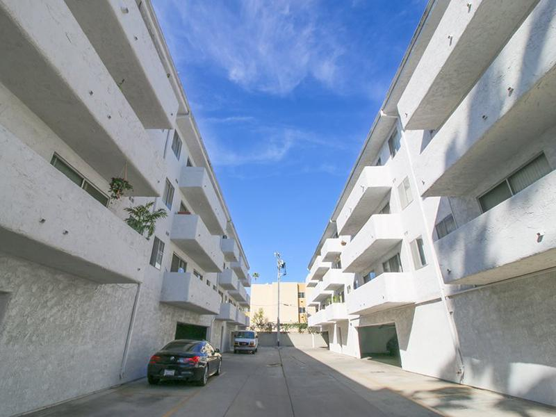 Mitchell Arms Apartments in Los Angeles, California