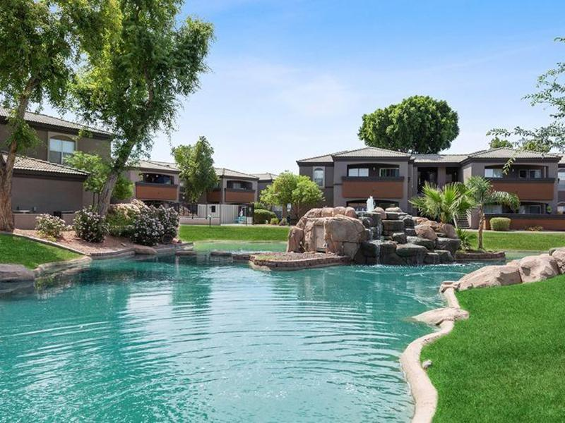 Pond | Luxe at Ocotillo Apartments in Chandler, AZ