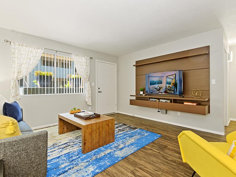 Front Room | Portola East Mesa