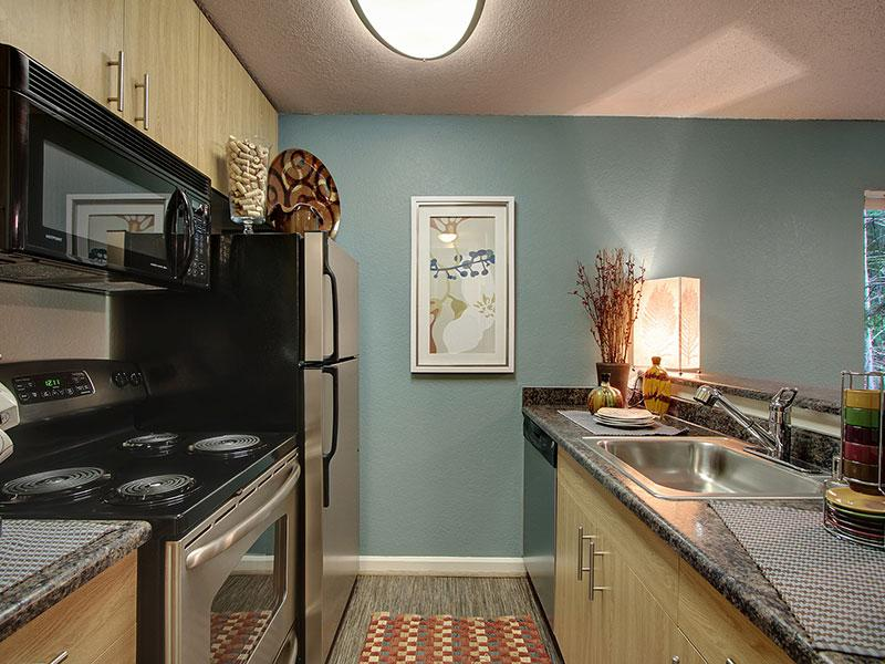 Vue Kirkland Apartments in Kirkland, WA 98034 | Market ...