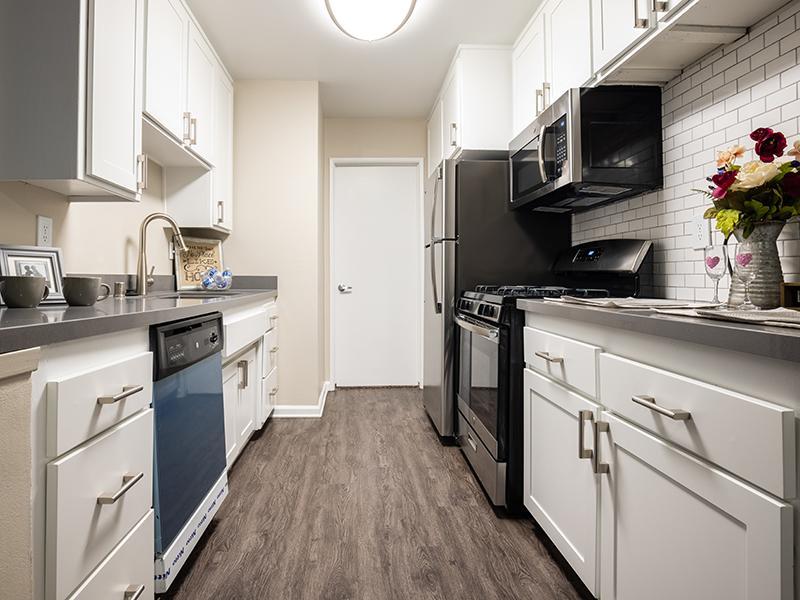Kitchen | The Villas at Anaheim Apartments