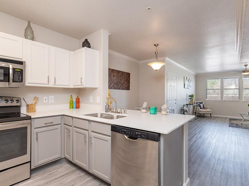 Allegro At Tanoan Apartments In Albuquerque Nm 87111 Market Apartments