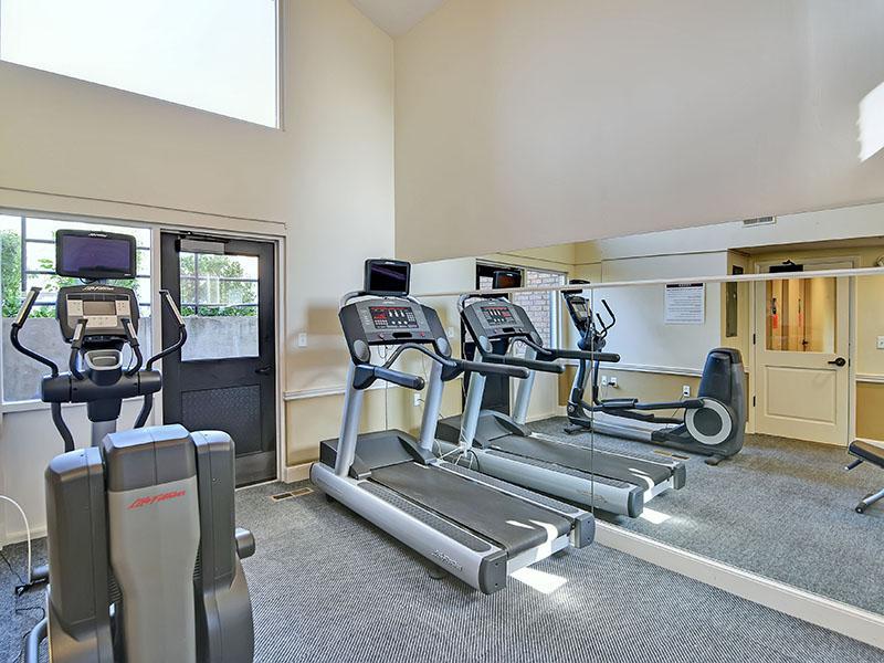 Fitness Center | Fox Creek Apartments
