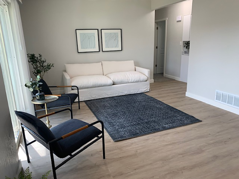 Front Room | White Pines