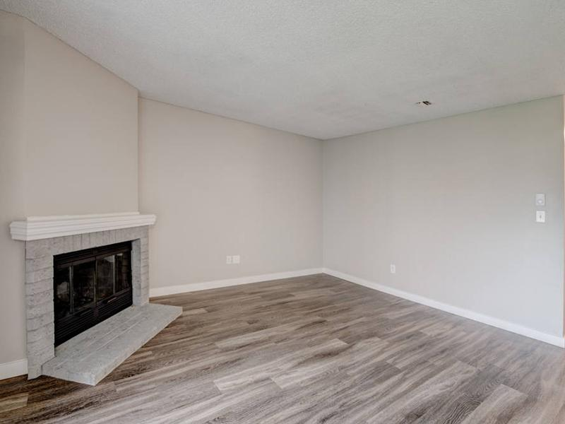 Apartment Front Room | Pointe East Apartments in Fife WA