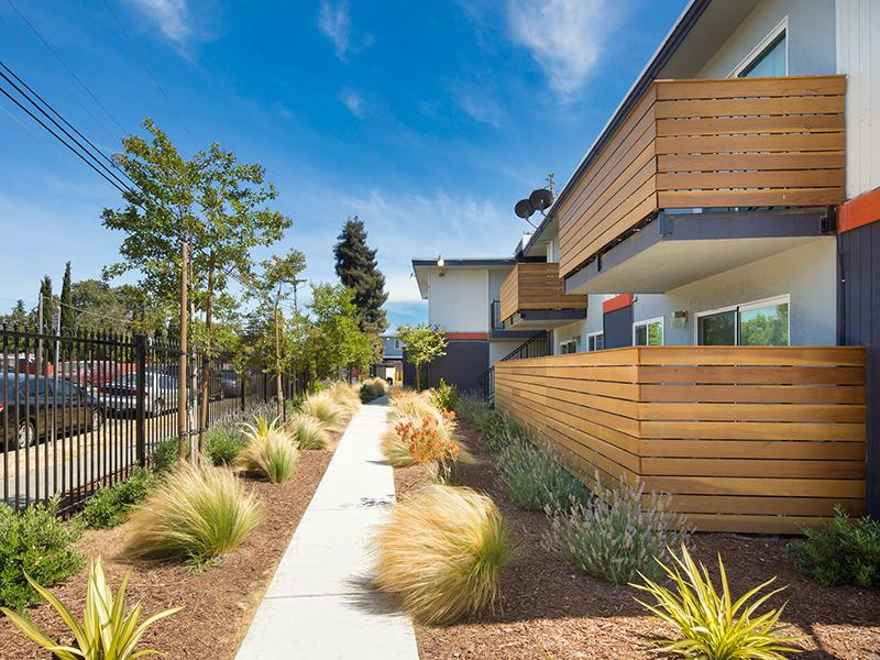 Exterior | Solstice Apartments