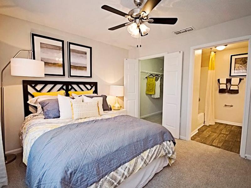 Shadow Ridge Apartments - Georgia | Riverdale