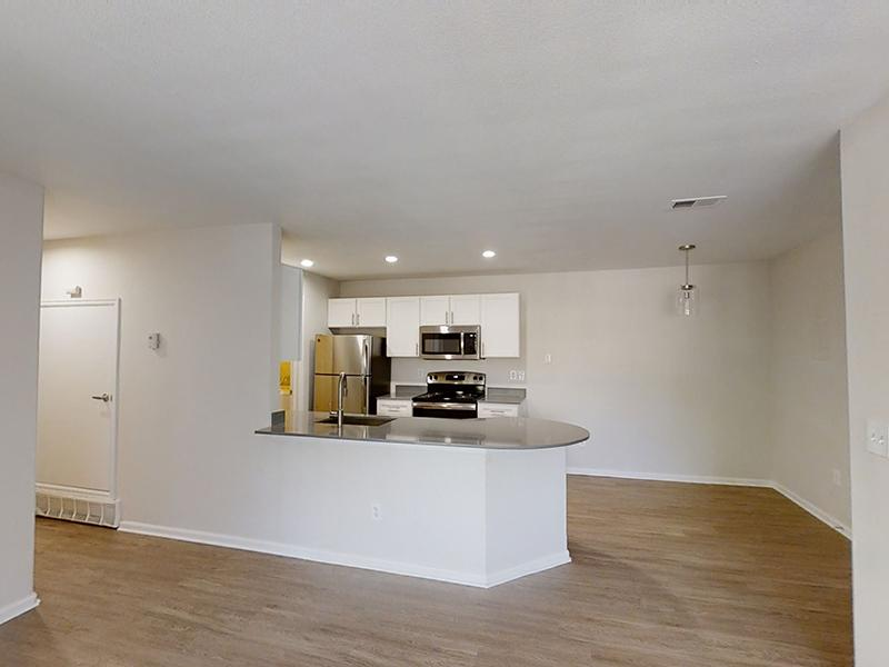 Front Room & Kitchen | Ketring Park Apartments in Littleton, CO