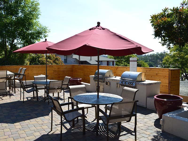 BBQ Grills | Hillside Terrace
