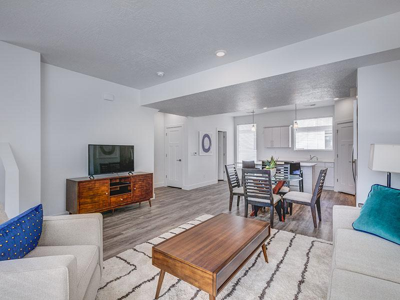 Open Floorplans   Coventry Townhomes