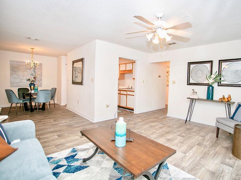 Living Room | The Vineyard Apartments