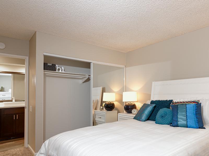 Bedroom | Horizon Apartments
