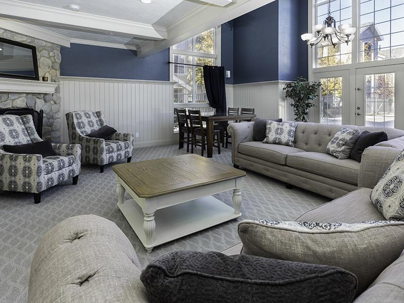 Clubhouse Interior | Country Springs Apartments