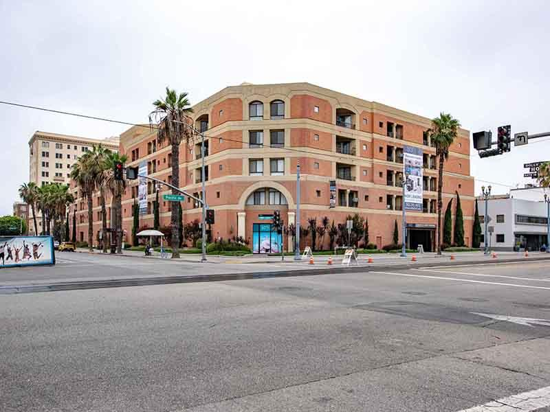 Property Entrance   Elevate Long Beach