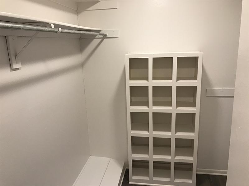 Closet | Studio Arnaz