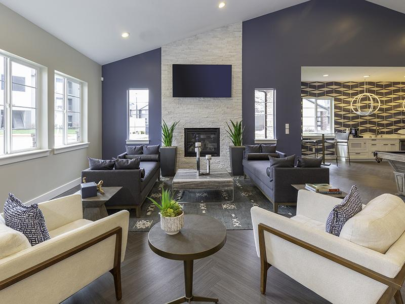Clubhouse Lounge | Wilshire Place Apartments