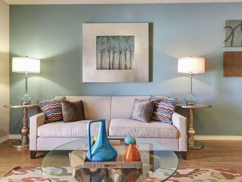 Front Room | Highpointe Park