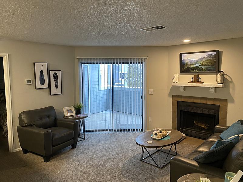 Model Living Room | Cheyenne Crest