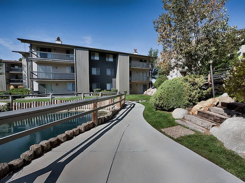 Country Lake Apartments Salt Lake City