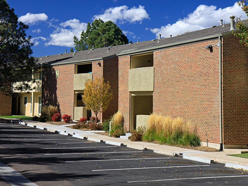 25 Broadmoor Apartments in Colorado Springs, CO