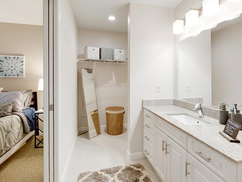 Bathroom | Hillside