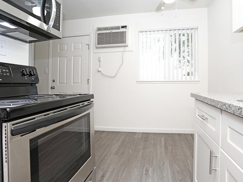 Kitchen | Sur Apartments