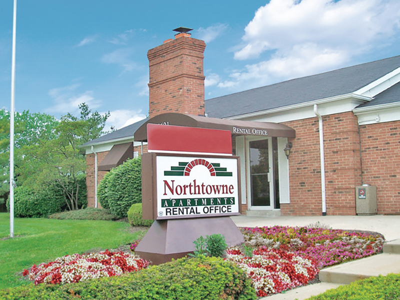 Monument Sign | Northtowne Apartments