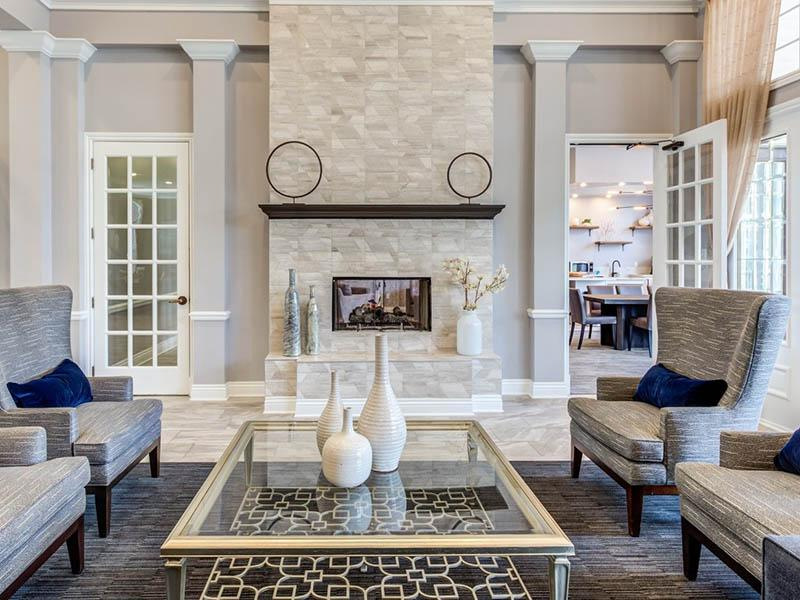 Lobby | Riverun at Naperville