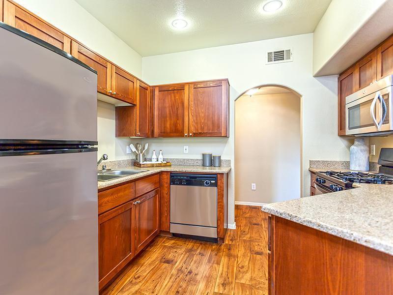 The Avondale Apartments In Las Vegas Nv 89117 Market