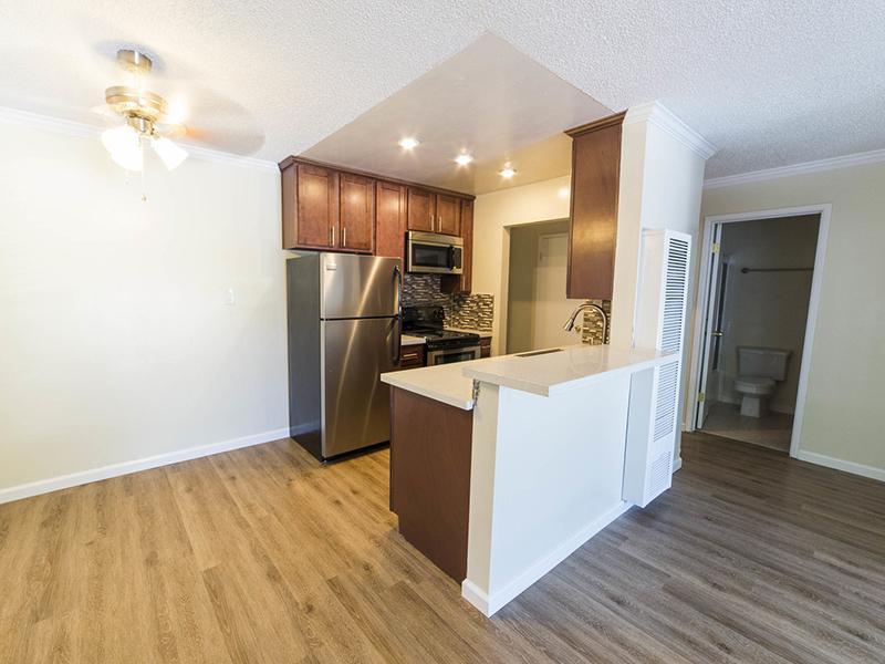 Dining Area | Sunset Pines Apartments