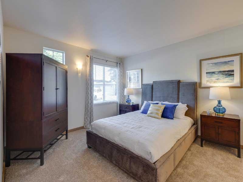 apartment Bedroom | Sunfield Lakes Apartments
