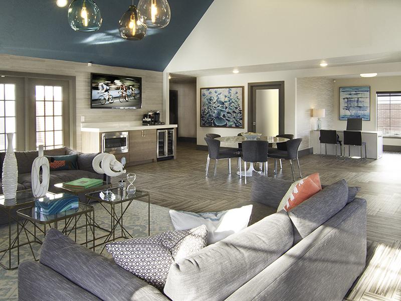 Clubhouse - Apartments in Bountiful Utah