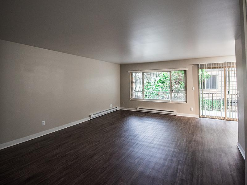 Apartment Living Room | Sheridan Beach Terrace In Lake Forest Park WA