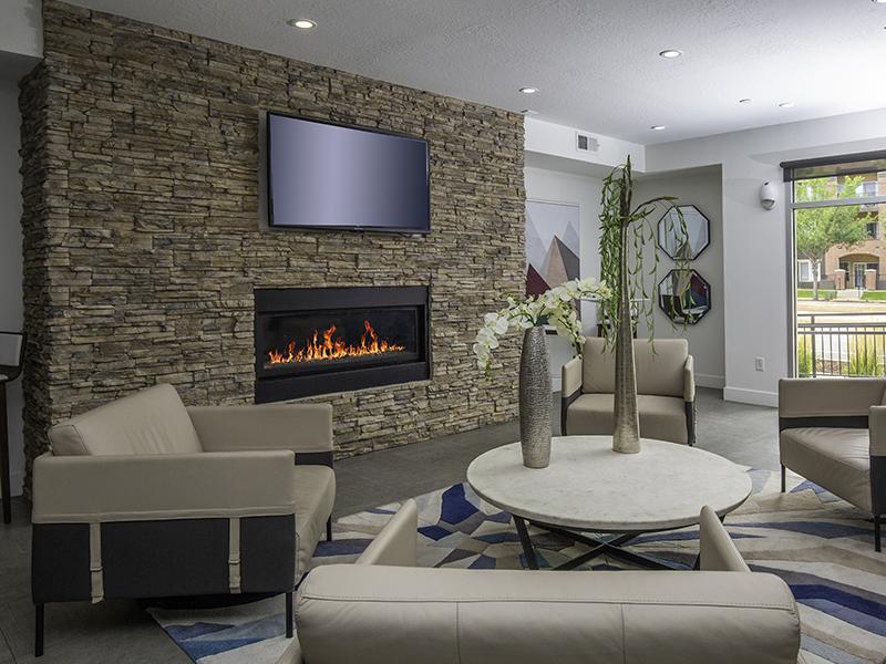 Lobby | 644 City Station Apartments in Salt Lake City, UT