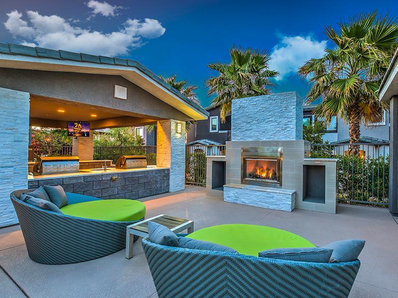Lyric Apartments in Las Vegas, NV 89183   Market Apartments