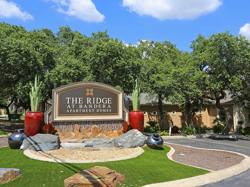 Monument Sign | The Ridge at Bandera Apartments in San Antonio, TX