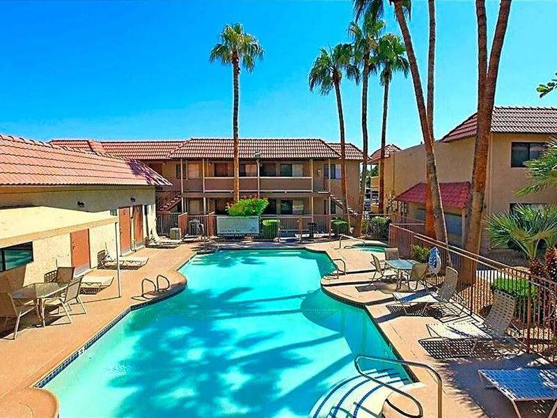 Reno Villas Apartments in Las Vegas, NV 89119 | Market ...