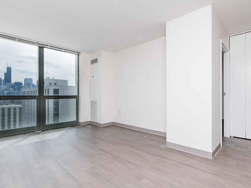 Living Room | Maple Pointe