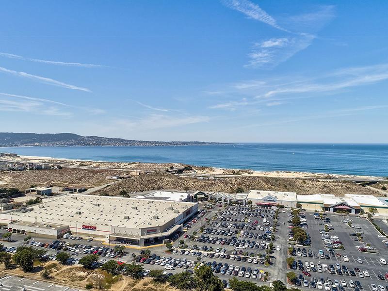 Apartments Near the Beach | SeaBreeze Apartment Homes