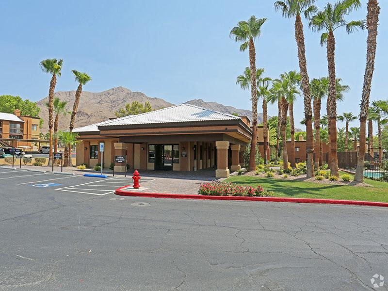 Club House | Desert Ridge Apartments