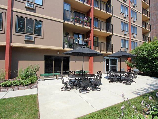 Westwood Terrace Apartments In Moline Illinois