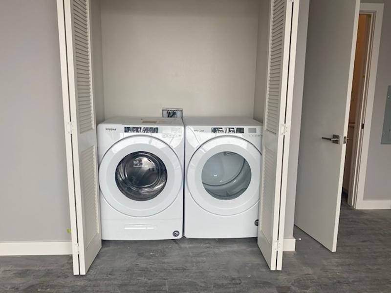 Washer & Dryer | 1600 Hoyt