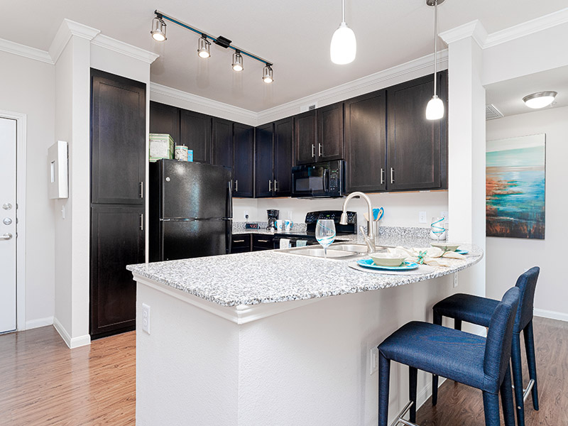 Fully Equipped Kitchen | Cascadia Apartments