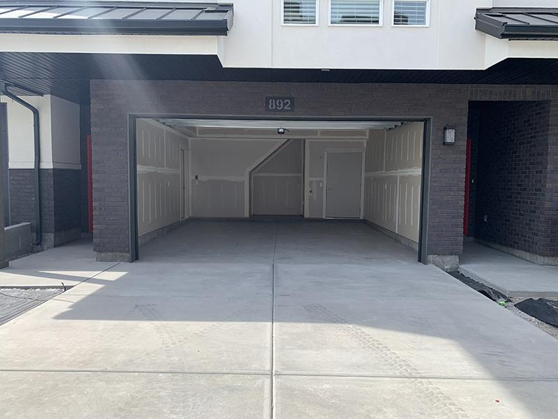 Garages | Monarch Homes