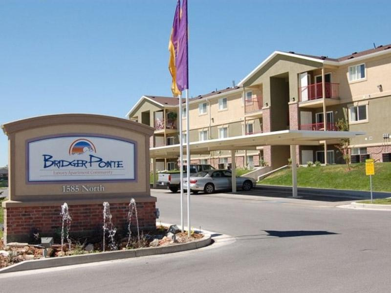 Welcome Sign   Bridger Pointe Apartments