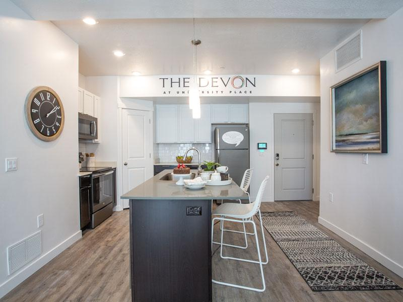 The Devon at University Place | Kitchen Area