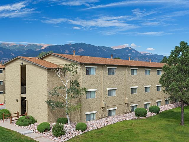 Exterior - Sienna Place Apartment - CO