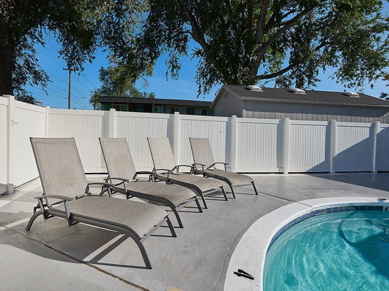 Swimming Pool | Aspire Salt Lake Apartments