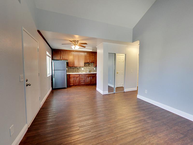 Front Room | Hampshire Apartments in Redwood City, CA